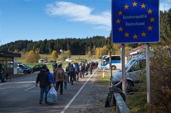 Μέρκελ: Κίνδυνοι στρατιωτικών εντάσεων αν κλείσουν τα σύνορα