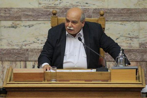Βουλή: Αλλαγές σε «πόθεν έσχες» και τον κανονισμό προανήγγειλε ο Ν. Βούτσης