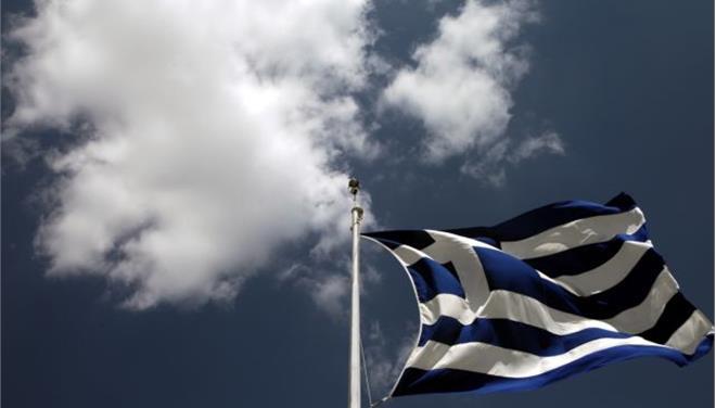 Αγνωστοι έκαψαν την ελληνική σημαία στα γραφεία μειονοτικής οργάνωσης στην Αλβανία