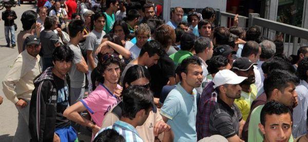 Πλουτίζει στο Βόλο σε βάρος μεταναστών