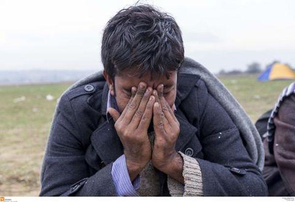 Αποφασισμένοι να συνεχίσουν τη δραματική μορφή απεργίας πείνας οι Ιρανοί στην Ειδομένη