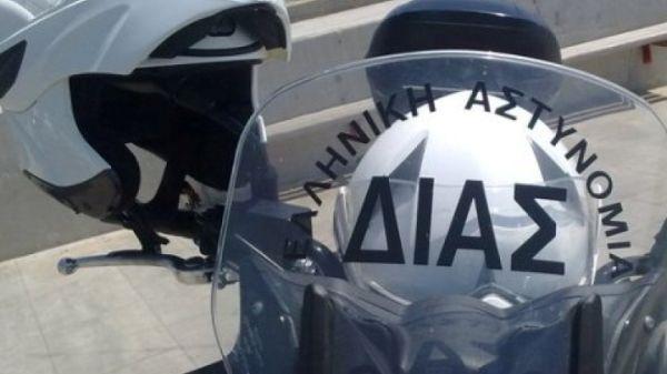 Λάρισα: Κρύφτηκε στο περίπτερο για να «σωθεί»