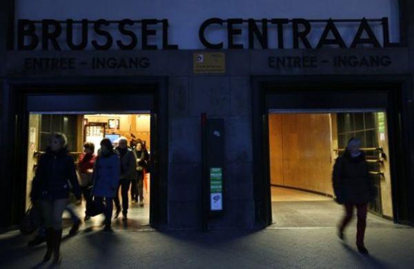 Σε λειτουργία τα σχολεία και το μετρό από την Τετάρτη στις Βρυξέλλες