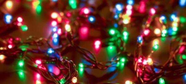 Γιατί τα χριστουγεννιάτικα λαμπάκια κάνουν πιο αργές τις ασύρματες συνδέσεις ίντερνετ