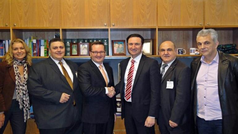 Διακρατική συμφωνία Αυστραλίας-Ελλάδας για την έκδοση βίζας με δικαίωμα εργασίας