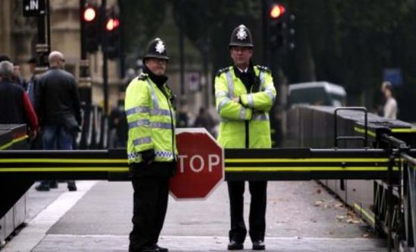 Λονδίνο: Κατηγορίες για δολοφονία στον δράστη της επίθεσης με μαχαίρι στο μετρό