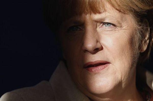 Μέρκελ: Χρειάζεται διεθνής συνεργασία για έλεγχο των προσφυγικών ροών