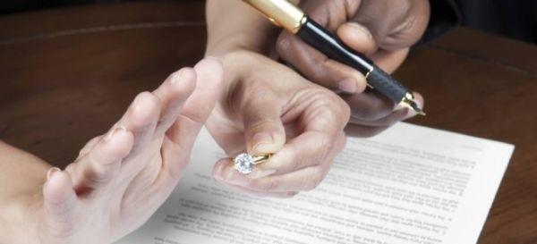 Έως 100 ευρώ οι πολιτικοί γάμοι στα Τρίκαλα