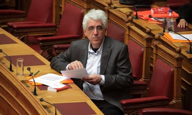 Παρασκευόπουλος: Δεν απορρίπτουμε την τεκνοθεσία στο Σύμφωνο Συμβίωσης