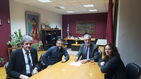 Συνάντηση Δημ. Εσερίδη με τους βουλευτές του ΣΥΡΙΖΑ