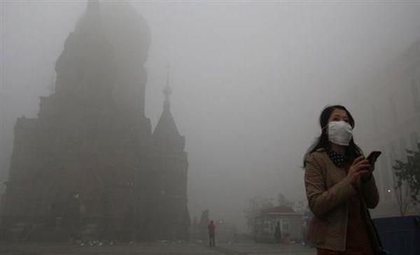 Εννιά στους δέκα ανθρώπους αναπνέουν καθημερινά τοξικό αέρα