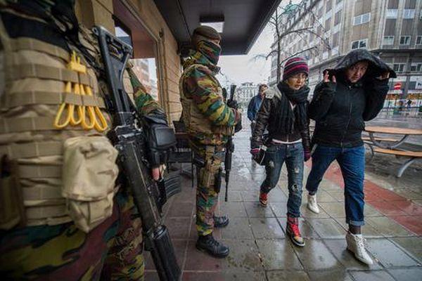 Βρυξέλλες: Πέντε συλλήψεις υπόπτων για τρομοκρατία