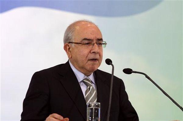 Η Λευκωσία απορρίπτει πενταμερή διάσκεψη για το Κυπριακό
