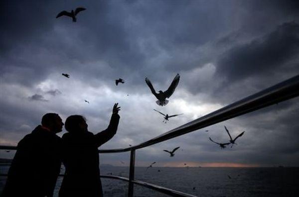 Περιμένοντας το χιόνι, η Κωνσταντινούπολη ακυρώνει πτήσεις