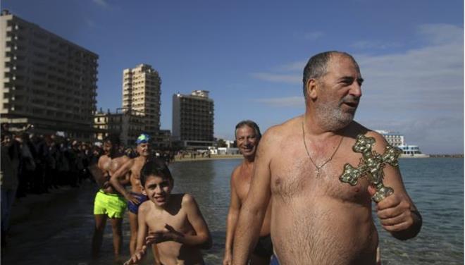 Μετά από 42 χρόνια αγιασμός των υδάτων στην κατεχόμενη Αμμόχωστο