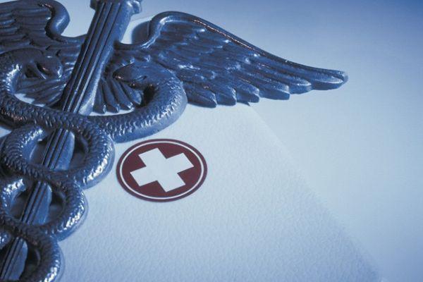 Μέτωπο υγειονομικών κατά ασφαλιστικού