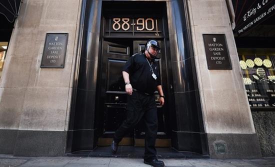 Βρετανία: Ισόβια στους «παπούδες» για το ριφιφί του αιώνα