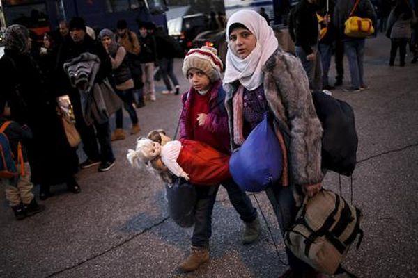 Μετά τη Δανία, και η Ελβετία θα κατάσχει τα προσωπικά αντικείμενα των προσφύγων