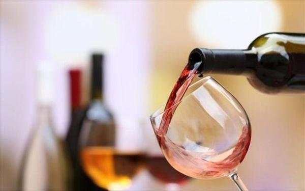 «Ταφόπλακα» ο φόρος στο κρασί