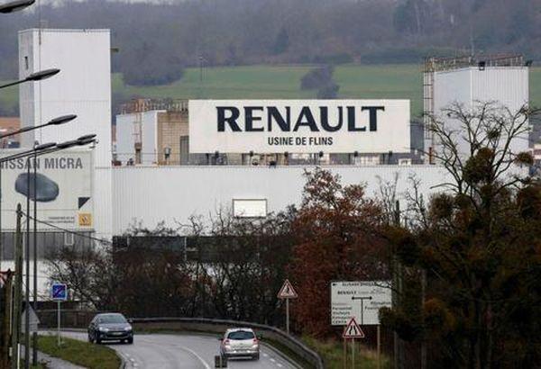 Ανακαλεί 15.000 οχήματα η Renault