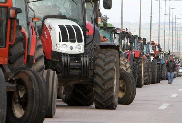 Στηρίζουν τον αγώνα των αγροτών ΟΕΒΕΜ, ΑΔΕΔΥ, ΕΚΒ και Εμπορικός Σύλλογος Βόλου