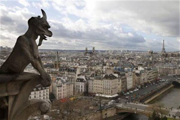 Παρίσι: Χασούρα €270 εκατ. για τα ξενοδοχεία από την τρομοκρατία