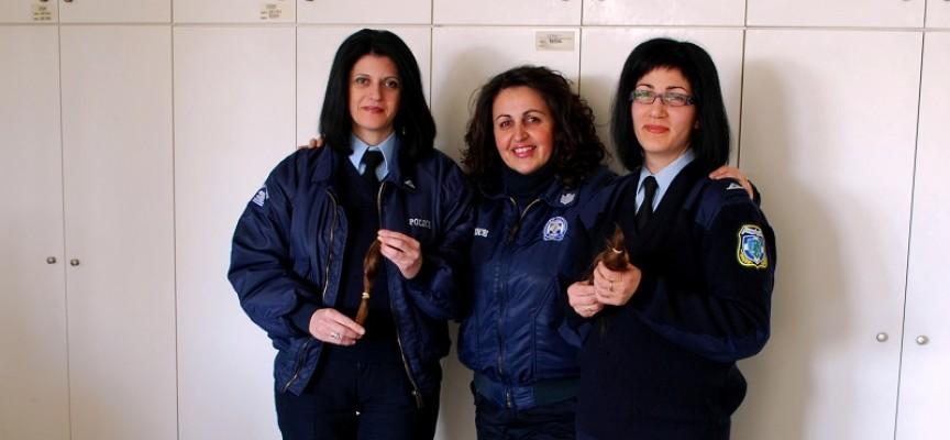 Γυναίκες αστυνομικοί της Καρδίτσας δώρισαν τα μαλλιά τους