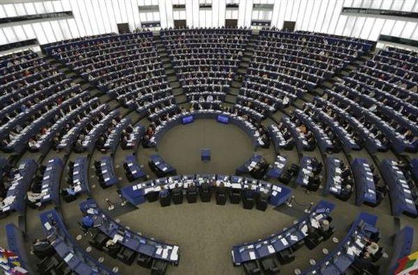Στο κουαρτέτο για την Ελλάδα προστίθεται το Ευρωπαϊκό Κοινοβούλιο
