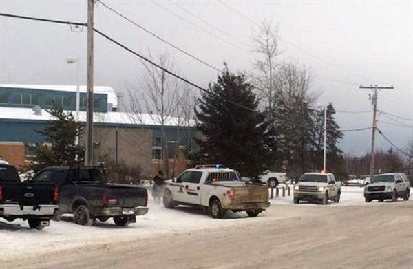 Έφηβος σκοτώνει τέσσερα άτομα σε πόλη του Καναδά