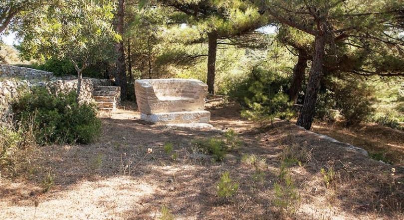 Κοπή 12 μεγάλων πεύκων στο πάρκο Ν. Αγχιάλου