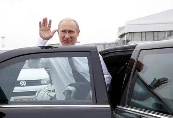 Κρεμλίνο: «Επιστημονική φαντασία» τα περί διαφθοράς Πούτιν
