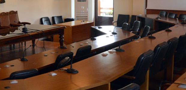 «Μάχες» στο δημοτικό συμβούλιο