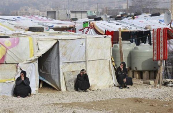 Μίλιμπαντ: Αναγκαίες 1.000.000 θέσεις εργασίας για τους πρόσφυγες