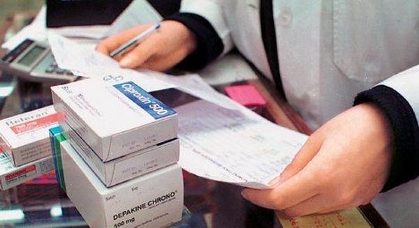 Προβλήματα με συνταγογράφηση λόγω της αποχής των γιατρών