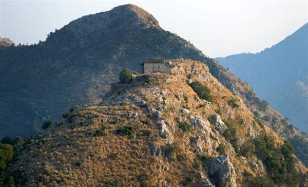 Ιωάννινα: Συνεχίζεται η έρευνα της ΕΜΑΚ για τον εντοπισμό ορειβάτη