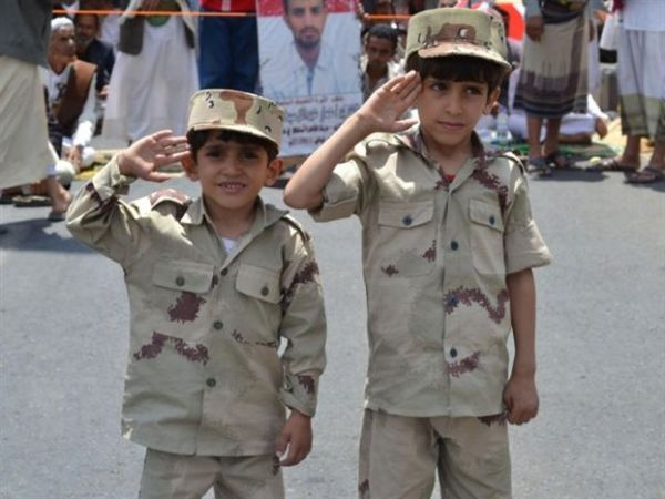 UNICEF: Ενας στους τρεις μαχητές στην Υεμένη είναι ανήλικος