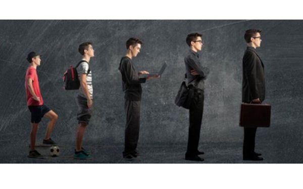 Σε ρόλο εκκολαπτόμενων επιχειρηματιών μαθητές του 8ου ΓΕΛ Βόλου