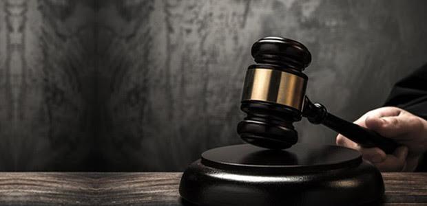 Ομαδικώς στα δικαστήρια ~ Όλο το δημοτικό συμβούλιο στην πταισματοδίκη