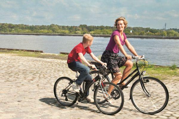 «Το παιδί με το ποδήλατο» (trailer)
