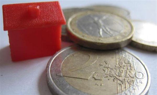 """Τα """"κόκκινα δάνεια"""" στο επίκεντρο της συνάντησης Στουρνάρα-τραπεζών"""