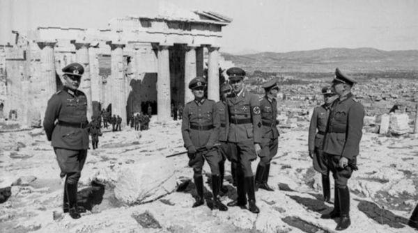 «Με ράβδους χρυσού να αποζημιώσει η Γερμανία την Ελλάδα»