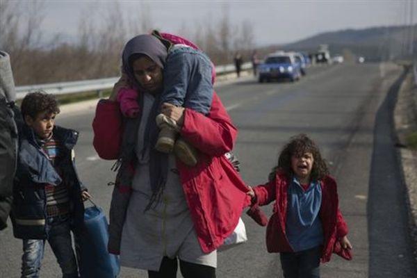 Ασφυξία στην Ειδομένη με 5.500 πρόσφυγες εγκλωβισμένους στα σύνορα