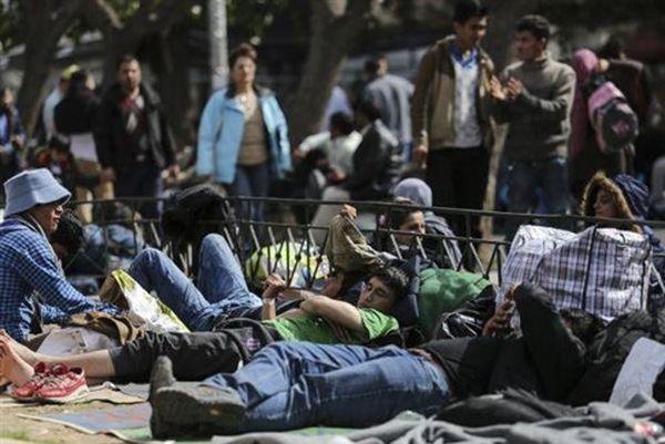 Σχέδιο έκτακτης ανάγκης για φιλοξενία 100.000 προσφύγων στην Ελλάδα
