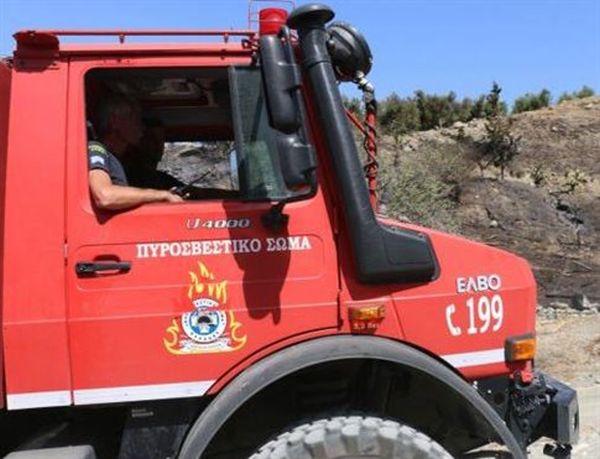 Καστελλόριζο: Φωτιά σε χώρο φύλαξης ειδών πρώτης ανάγκης για πρόσφυγες
