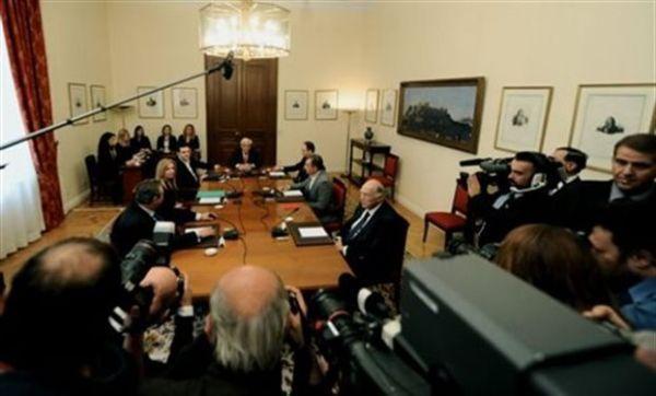 Την Παρασκευή στις 12:00 το Συμβούλιο Πολιτικών Αρχηγών