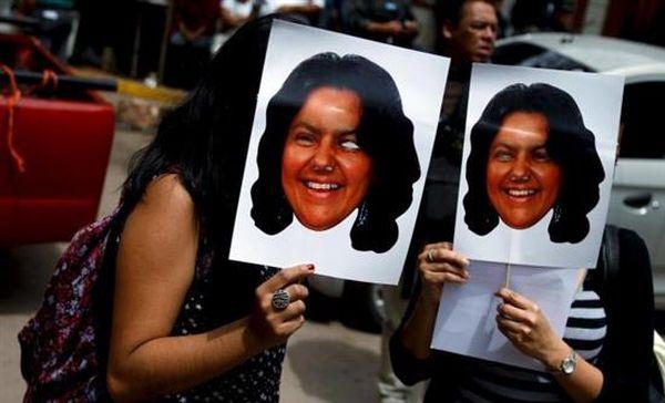 Ονδούρα: Κύμα αγανάκτησης στην κηδεία αγωνίστριας για το περιβάλλον
