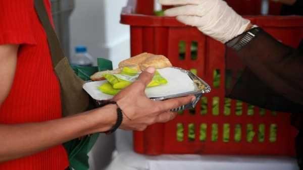 Δεύτερη διανομή στο πλαίσιο του επισιτιστικού προγράμματος στο Βόλο