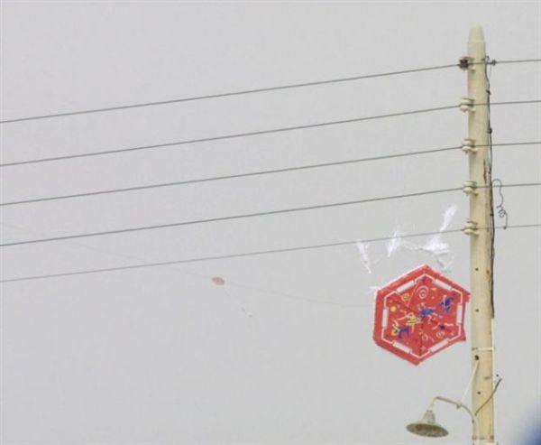 ΔΕΔΔΗΕ: Προσοχή στο πέταγμα του χαρταετού