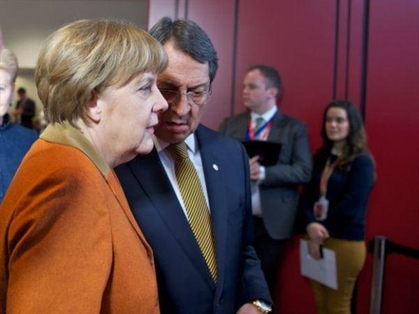 Ικανοποίηση Αναστασιάδη για τις επαφές του στις Βρυξέλλες