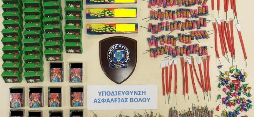 Διέθεταν παράνομα 3.366 βεγγαλικά σε Βελεστίνο και Στεφανοβίκειο